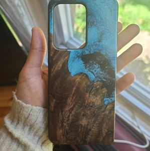 Carved Samsung S20 Ultra Wood Resin Case